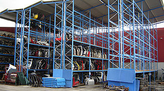 pallet rack with roof