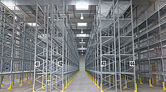 pallet rack with mezzanine floor